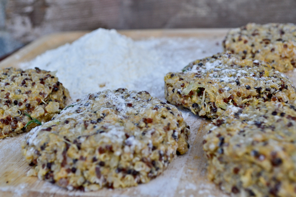 crispy quinoa fritters