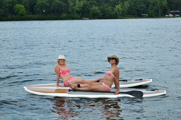 friends on SUP