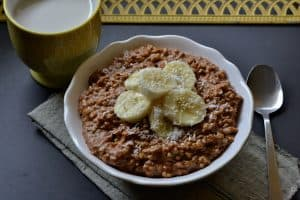 Chocolate Hazelnut Banana Oatmeal // Peace. Love. Quinoa
