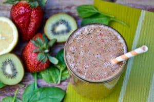 Strawberry Spinach Kiwi Smoothie